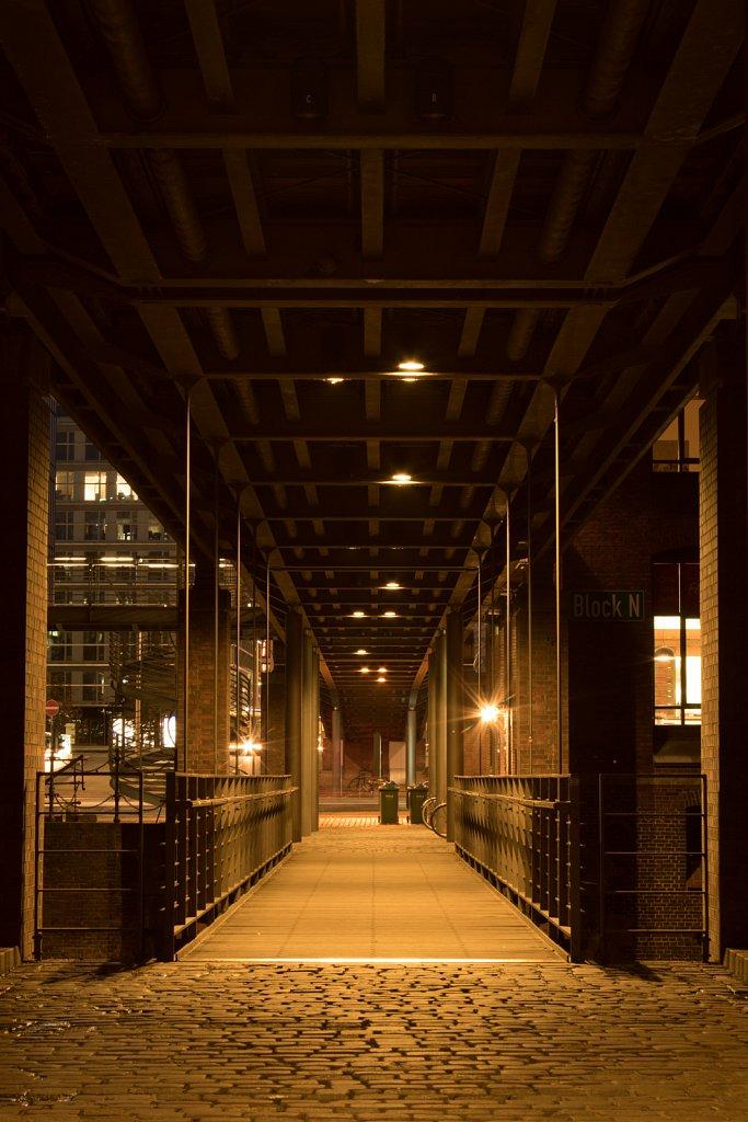 Fußgängerbrücke in der Speicherstadt I